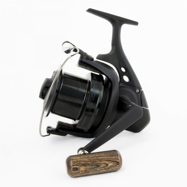 Mulineta Okuma Custom Black CB80